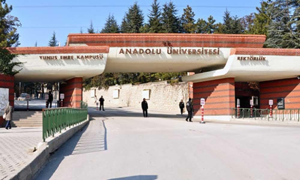Anadolu Üniversitesi'nden dönem sonu sınavları kararı