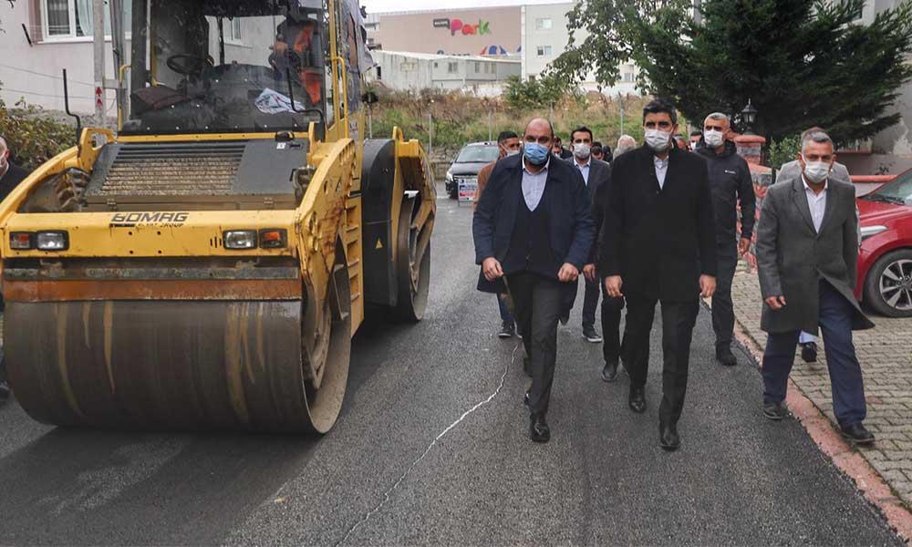 Üstyapı çalışmaları kapsamında Cevizli'de 4 bin 673 ton asfalt serimi gerçekleştirildi