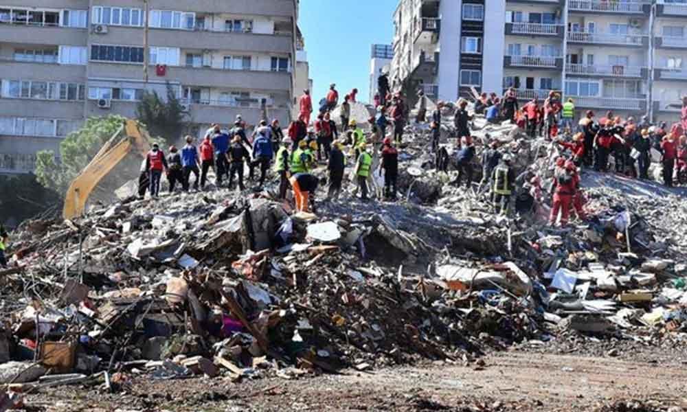 '6.9'luk deprem uyarı asıl İzmir depremine hazırlanılmalı'