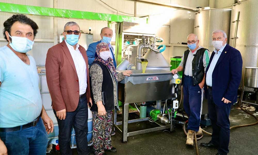 Başkan Atabay'dan zeytinyağı fabrikalarına ziyaret