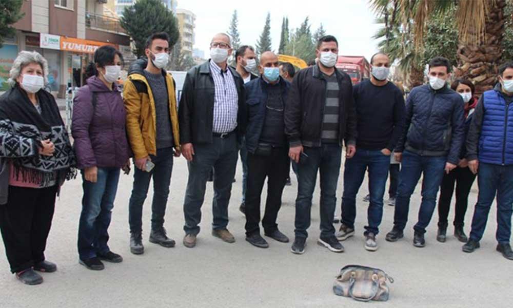İzmir'de evi yıkılan vatandaşların değerli eşyaları yağmalandı