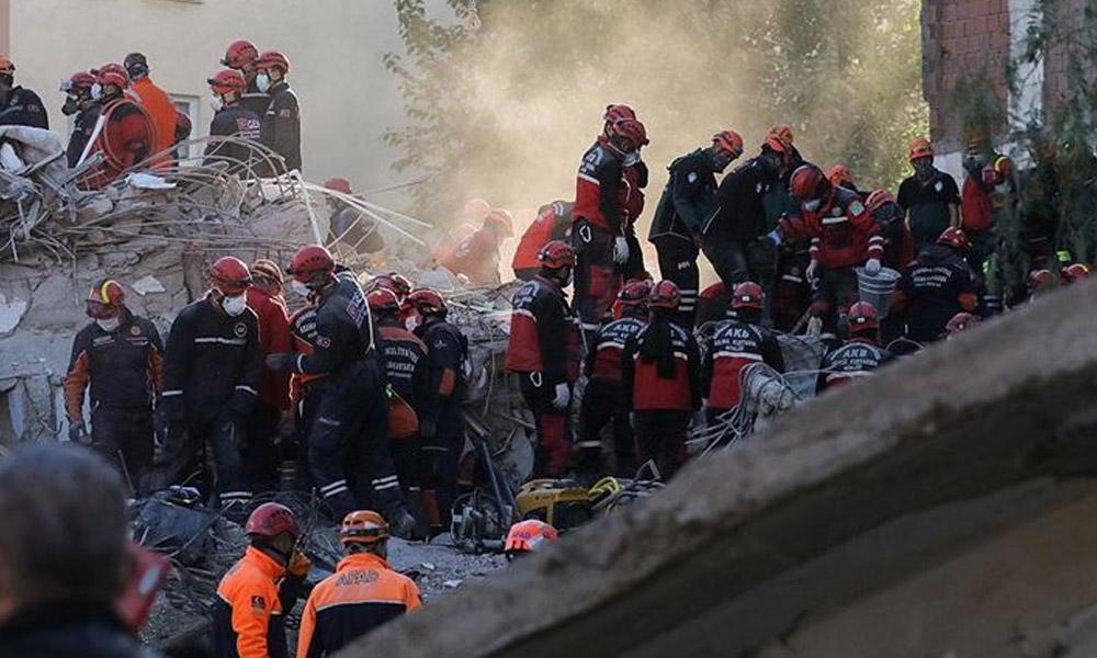 Depremde iki çocuğunu kaybeden anne: O apartmanın yerine çocuk parkı yapılsın