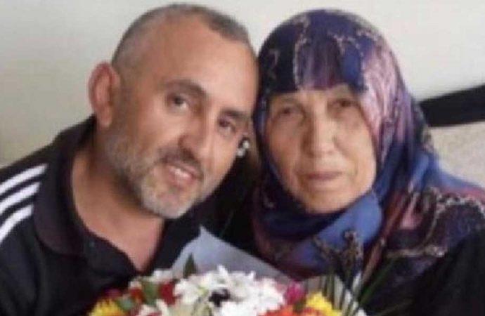 Koronavirüsü yenen doktor, annesini kaybetti