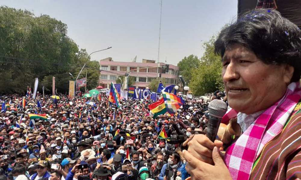 Darbeciler yenildi, Evo Morales Bolivya'ya döndü