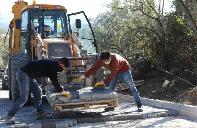 Mudanya Belediyesi üst yapı çalışmalarına ağırlık verdi