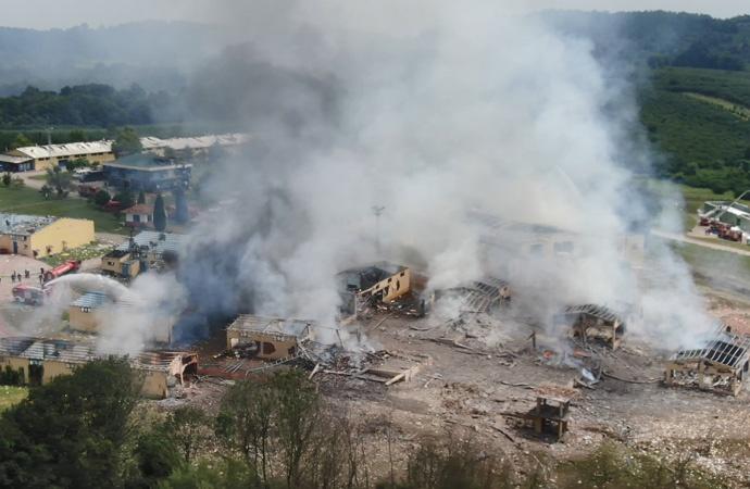 Havai fişek fabrikasındaki patlamanın görüntüleri ortaya çıktı