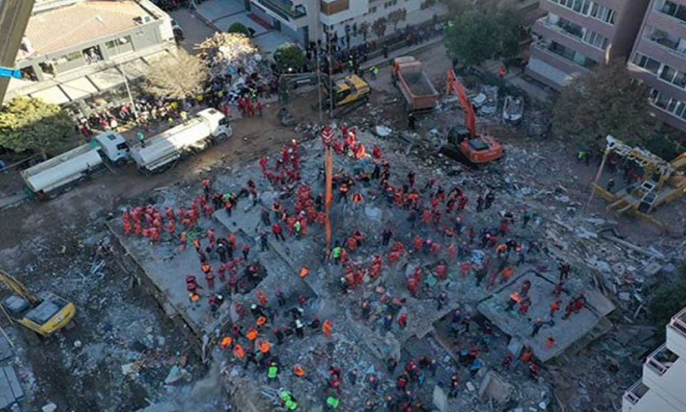 İzmir Barosu'ndan saygı nöbeti çağrısı