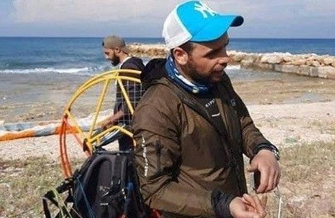 Türkiye'de rüzgara kapılan paraşütçü soluğu Lübnan'da aldı