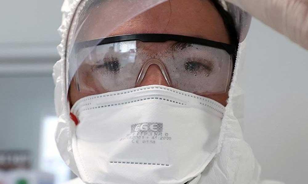 Prof. Dr. İlhan: Tanı konulan her 10 kişiden biri sağlık çalışanı