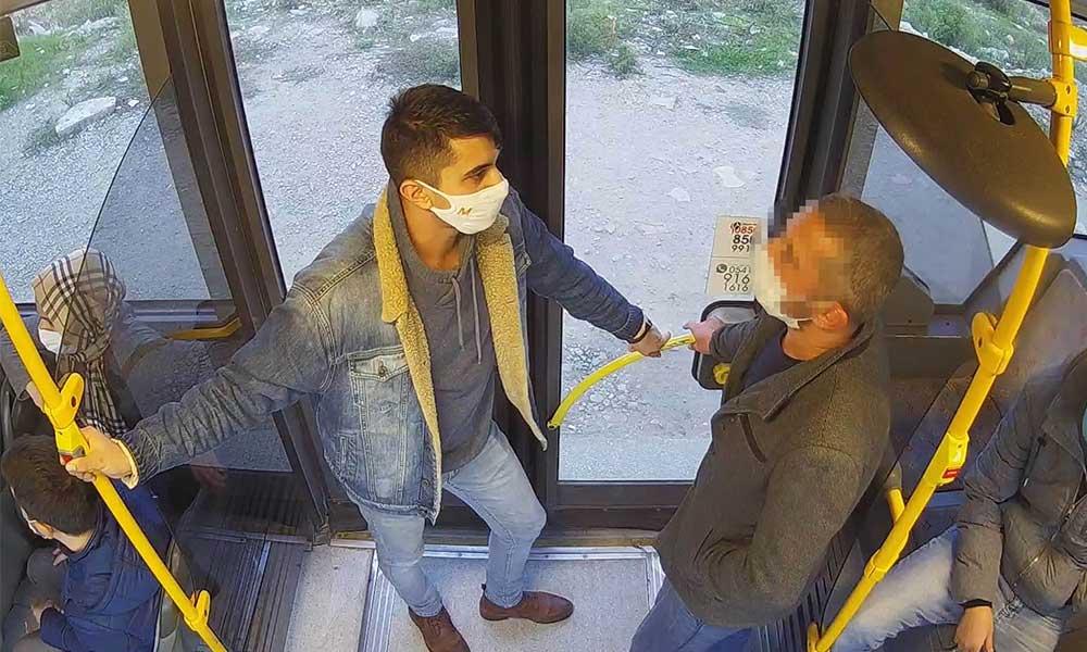 Otobüste mastürbasyon yapan erkeğin, inmesine müsaade etmediler