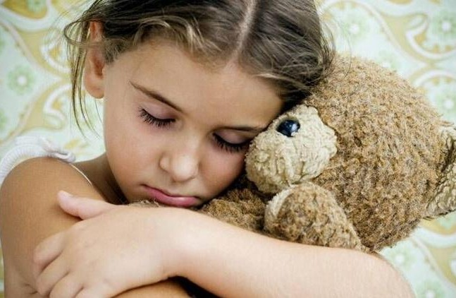 Travma sürecinde çocuklara nasıl yaklaşılmalı?