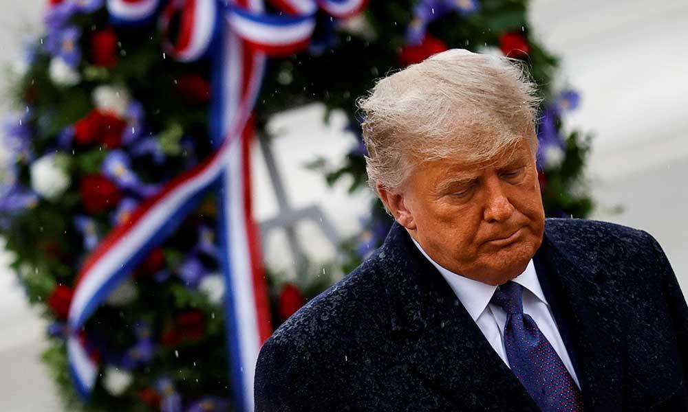Trump'tan Gaziler Günü'nde büyük gaf! Yaptığı hareketle tartışma yarattı