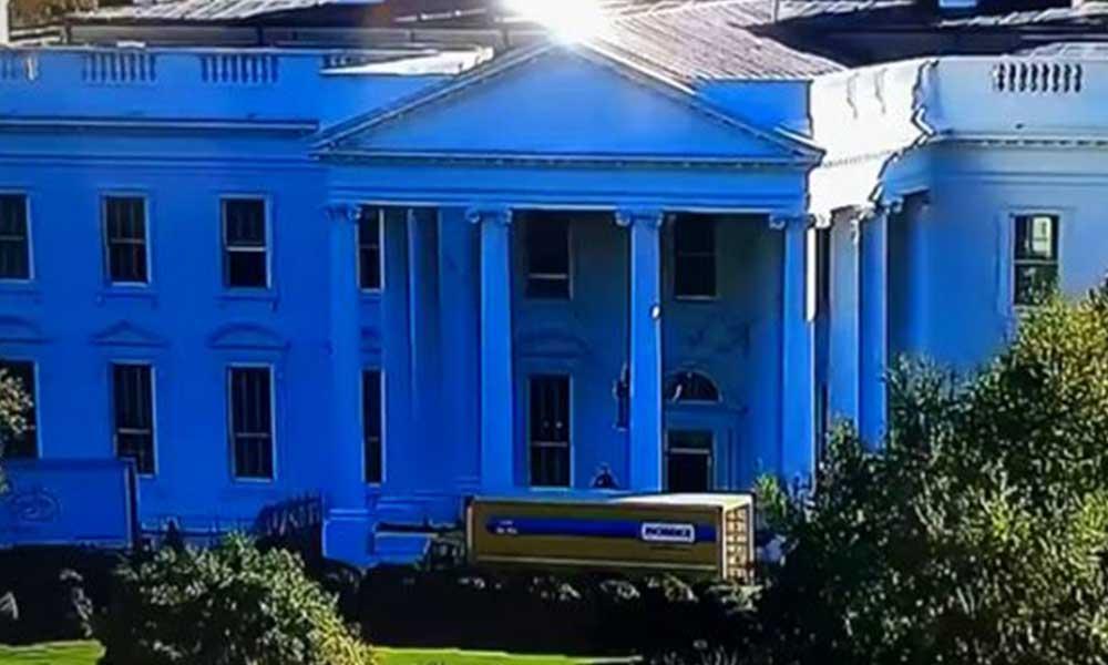 Melania Trump Beyaz Saray'daki eşyalarını topladı