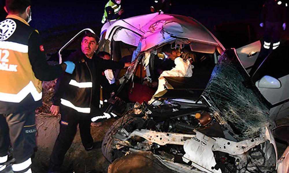 Canlı yayın yaparken yaşanan kaza saniye saniye görüntülendi