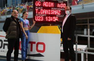 Milli atlet, Türkiye rekorunu yükseltti