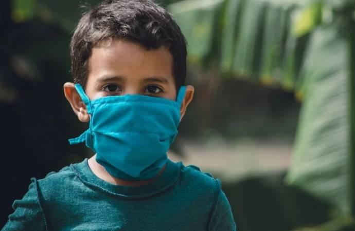 """MIS-C uyarısı; """"Koronavirüse yakalanan çocuklarda görülüyor, ciltte döküntü ve ateşe dikkat!"""""""