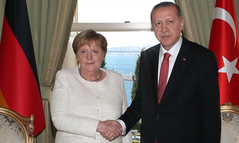 Kritik zirve öncesi Merkel'den dikkat çeken Türkiye açıklaması