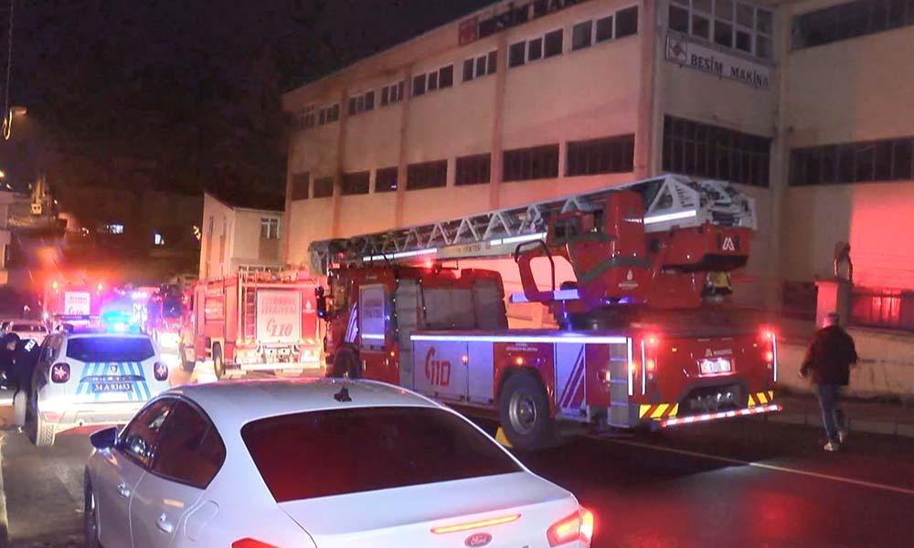Sultanbeyli'de korkutan fabrika yangını