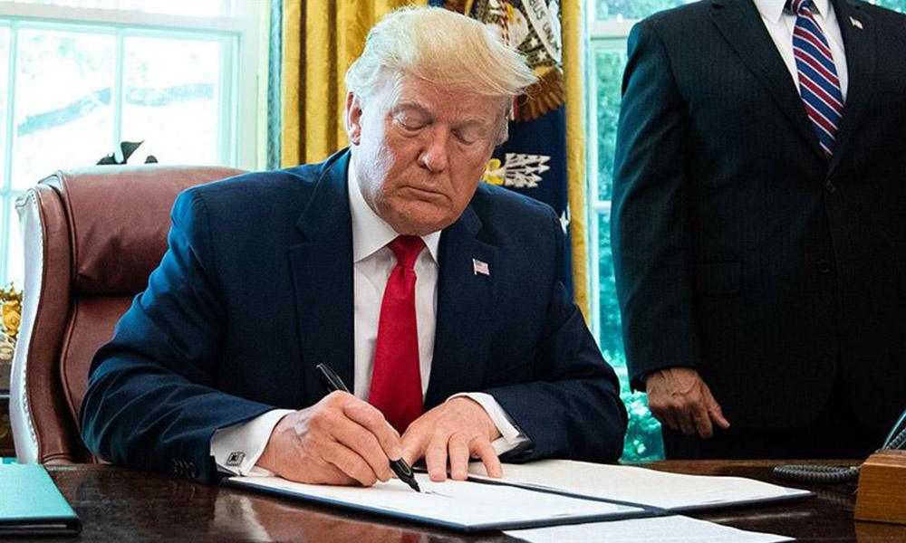 Trump, Türkiye'ye yönelik yaptırımları Biden'a bırakmadı imzaladı