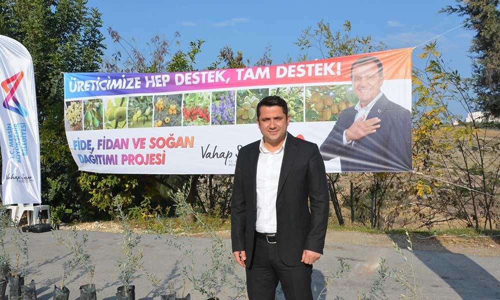 Tarsuslu 191 üreticiye 9 bin Sarıulak zeytin fidanı verildi