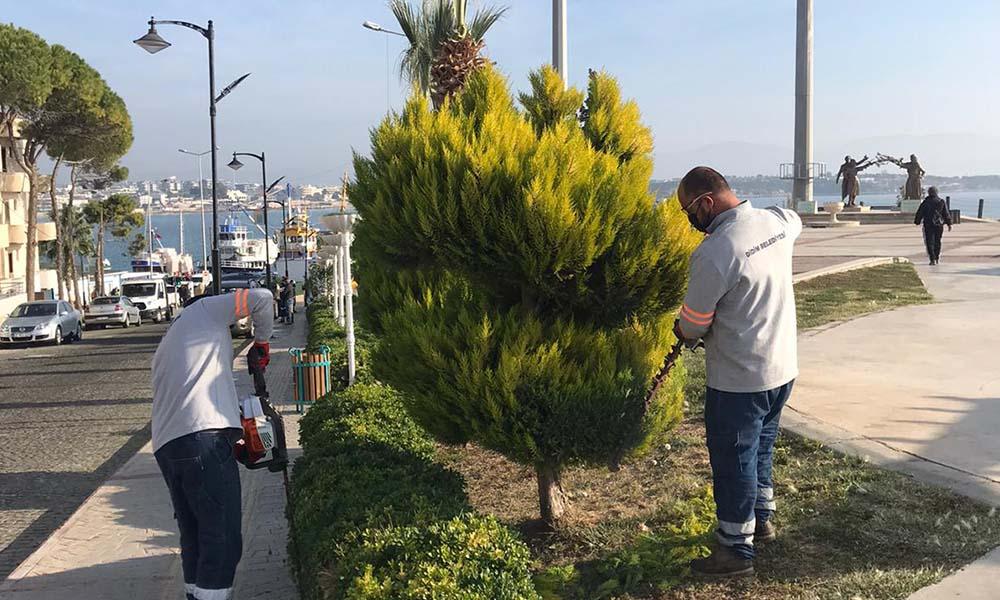 Park Bahçeler Müdürlüğü çalışmalarını sürdürüyor