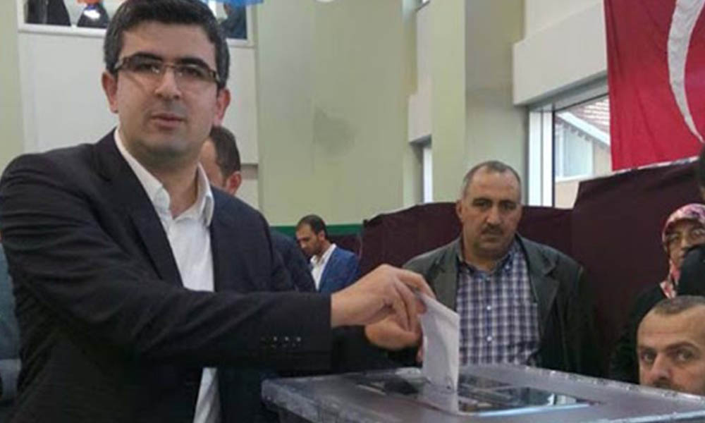 İhale rekortmeni! AKP'li isme belediyelerden seri ihale
