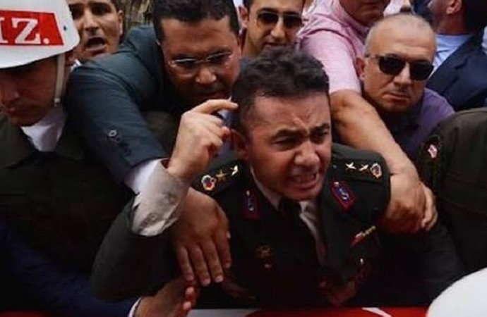 Devlet Bahçeli, şehit Ali Alkan'ın ağabeyi Yarbay Mehmet Alkan'a dava açtı