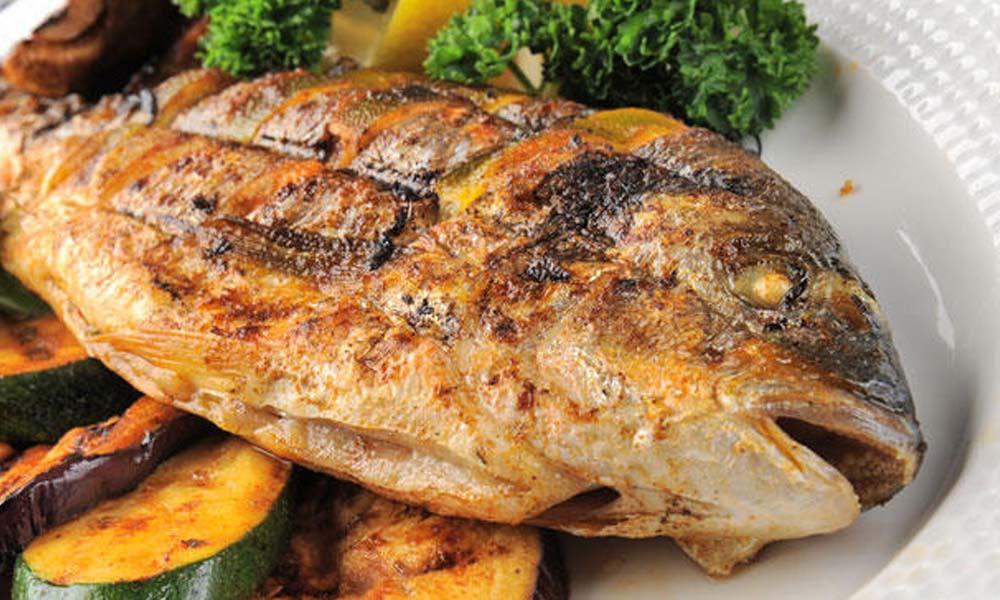 İngiliz şarkıcı Williams, balık diyeti nedeniyle ölümden döndü