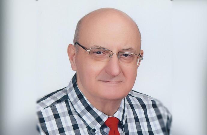Yeniçağ gazetesi yazarı Burhan Ayeri hayatını kaybetti