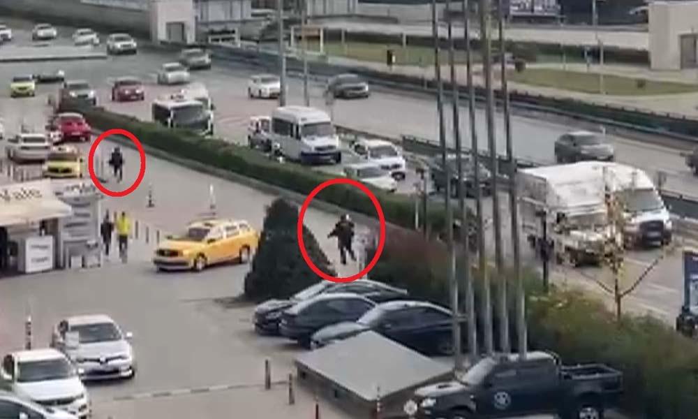 Cezaevine götürülürken polis aracından kaçtılar