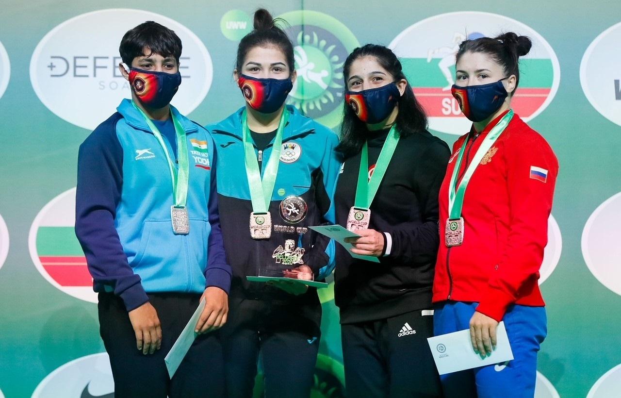 Kadın Güreş Milli Takımı, Dünya Kupası'nda üçüncü oldu