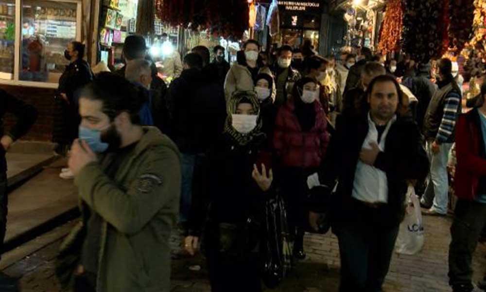 Eminönü'nde 'sokağa çıkma kısıtlaması' yoğunluğu