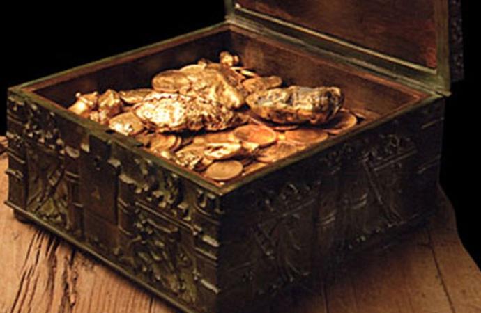 Milyon dolarlık hazine sandığını buldu! Kimliği açıklandı