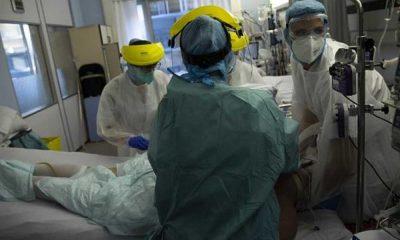 Koronavirüs hastası oda arkadaşını oksijen tüpüyle öldürdü