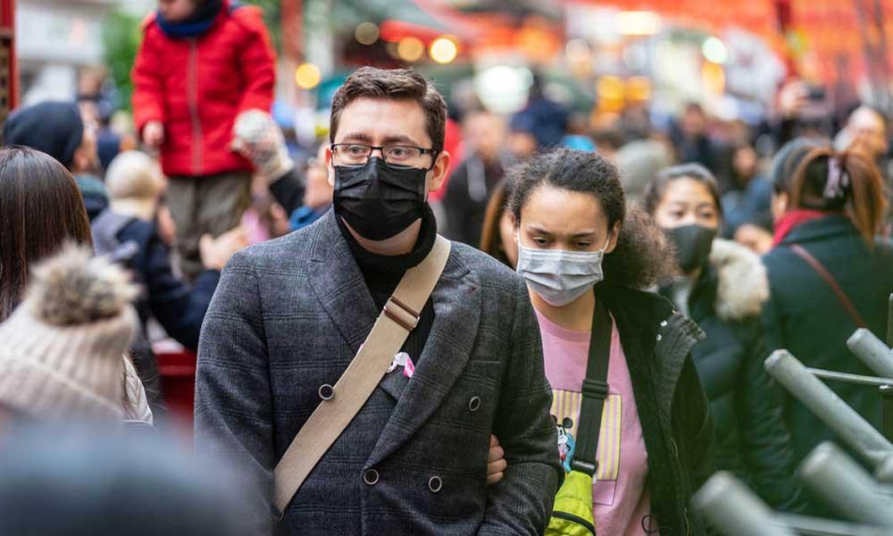 Bilim Kurulu üyesi merak edilen soruyu yanıtladı: Maskelerden ne zaman kurtulacağız?