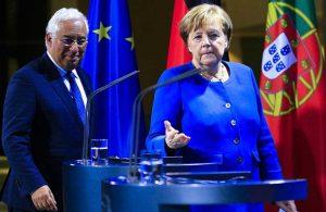 Merkel, AB dönem başkanlığını Portekiz Başbakanı Costa'ya devretti