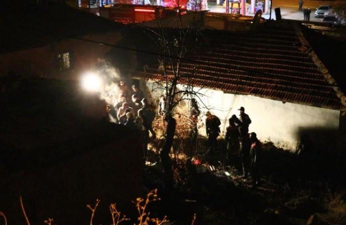 Ailesinin evden kovduğu 17 yaşındaki Serhat Tua kaldığı barakada yanarak hayatını kaybetti