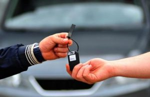 Sıfır kilometre araç fiyatlarına yakın seyreden ikinci elde otomobil satışları durdu