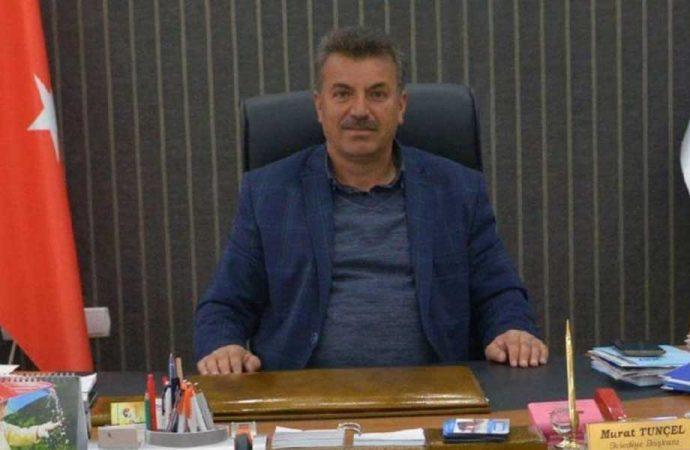 Oğlunu işe alan AKP'li başkan ilçeyi ayağa kaldırdı