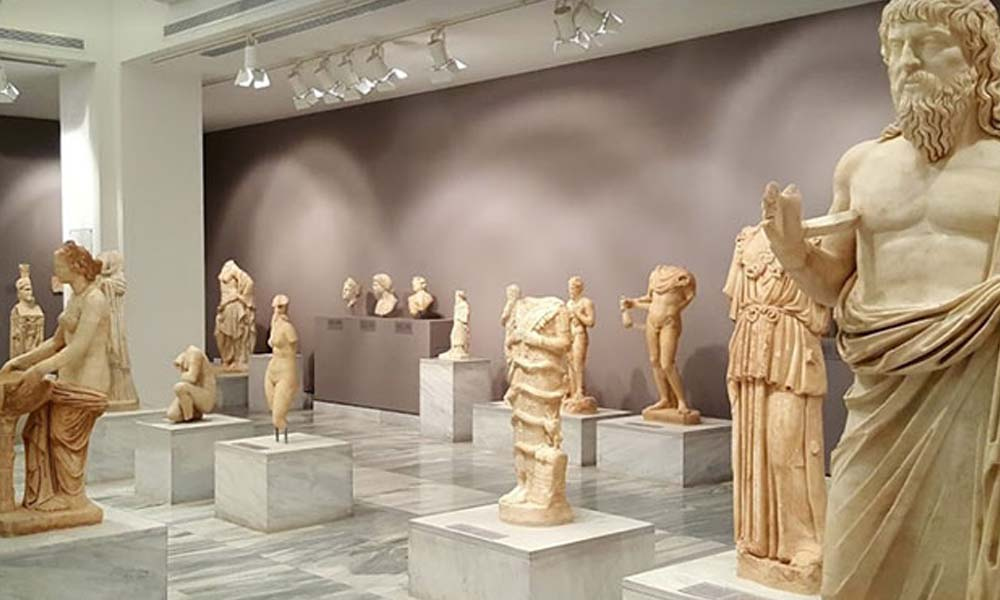 Yunanistan tarihi eserleri 50 yıllığına kiralayacak