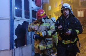Bursa'da, yangın çıkan markette art arda meydana gelen patlama korkuttu