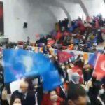 AKP kongrelerinde koronavirüs tedbirlerine dikkat edilmiyor: Birçok kişi maske takmıyor!