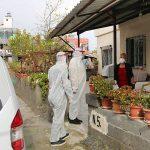 Koronavirüslü hastaların taşınması ve iki öğün sıcak yemek hizmeti devam ediyor