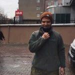 Gökhan Özoğuz'un Akit binasının önünde çektiği video, sosyal medyanın gündeminde