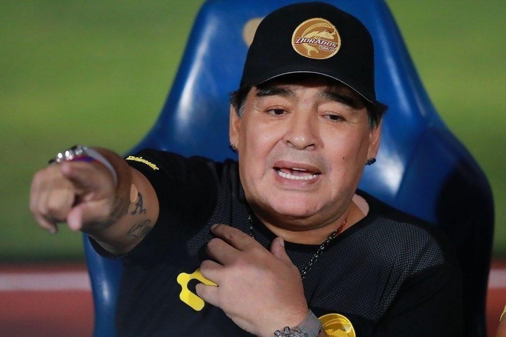 Maradona'nın imzasını taklit edip kayıtlarını çaldı!