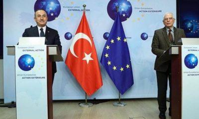 Çavuşoğlu'ndan hatalı hitapta bulunan gazeteciye 'başbakan' çıkışı