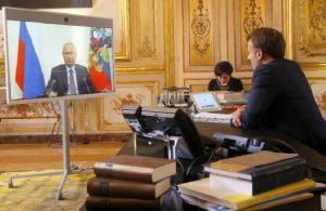 Putin, Macron'la 'Dağlık Karabağ' hakkında konuştu