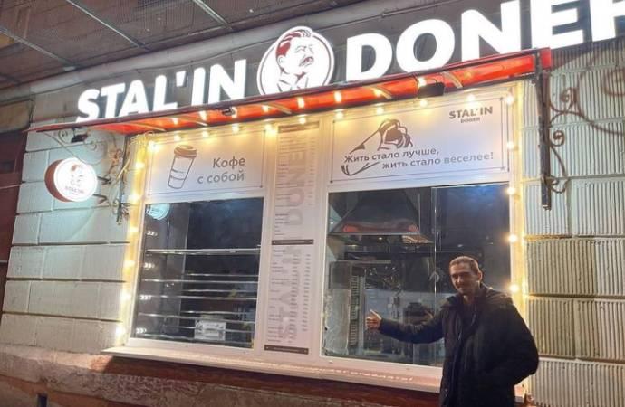 Moskova'da tartışmalara neden olan 'Stal'in Döner' kapatıldı