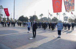 Başkan Seçer, 3 Ocak dolayısıyla Atatürk Anıtı'na çelenk sundu