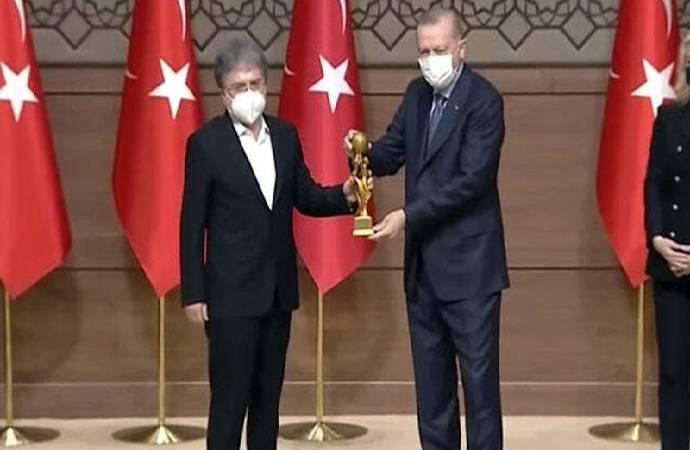 Saray'da 'Medya Oscar'ı töreni: Ahmet Hakan'a ödül